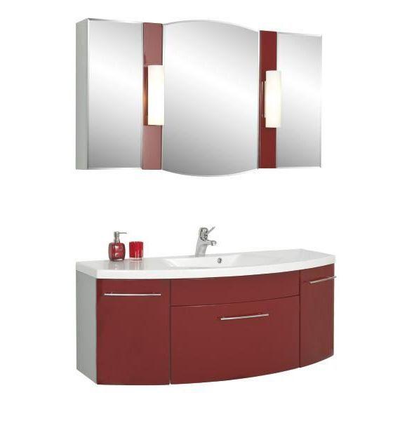 Aktuelles Badezimmer bestehend aus einem Waschtischunterschrank