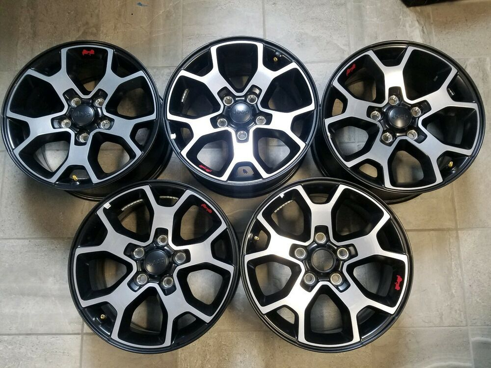 Advertisement Ebay Set Of Five 2018 2019 Jeep Wrangler Jl Jk Rubicon 17 Wheels Oem With Tpms Jeep Wrangler Jeep Wrangler Jl