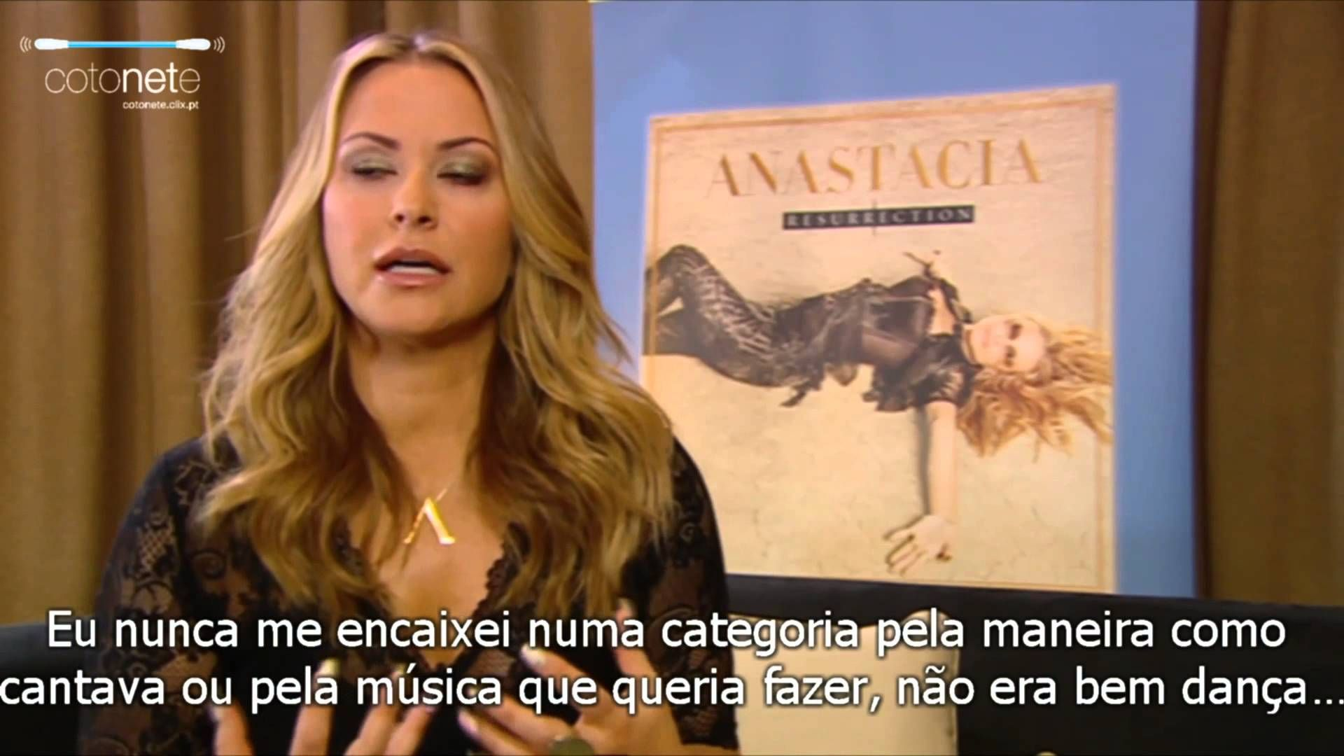 NEWS:  More interviews for Portuguese press are arriving! This time Anastacia was interviewed by Cotonete - Música e Rádios Online where she talked about her new album, parfum, labels and how much she loves our Portugal. ✿ For Máxima magazine: http://goo.gl/T3RS6N  ✿ For Passadeira vermelha: http://goo.gl/2SuiuI