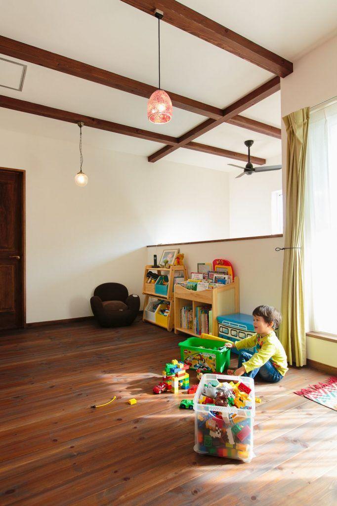 自然素材に心ほどけるアンティーク レトロな家 家 2階 一戸建て