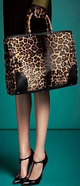 Copie o Look!! mais detalhes aqui  http://bit.ly/20V519G   veja também: O decote ombro a ombro é um charme. http://bit.ly/1PPSfI3