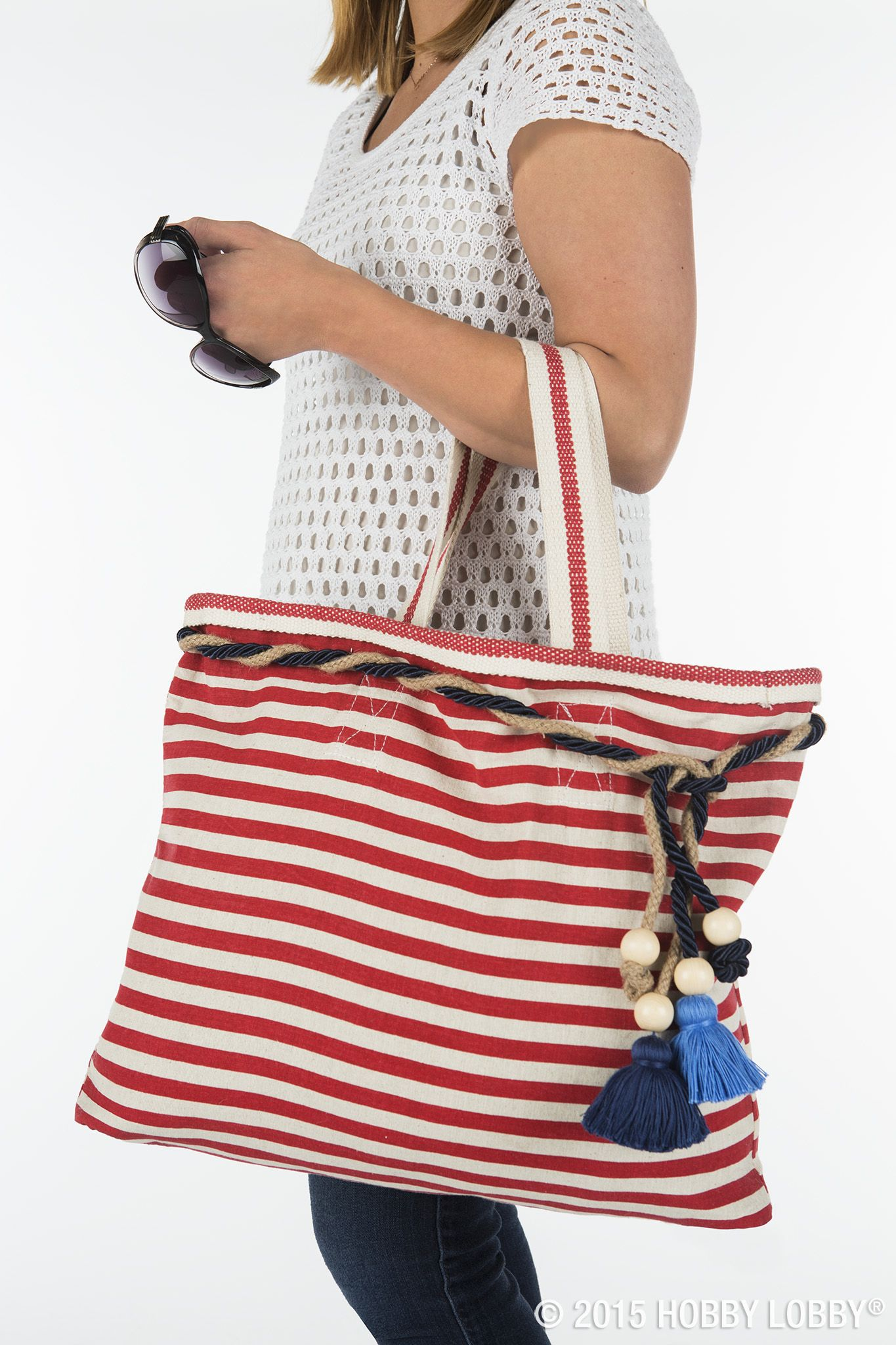 We embellished a simple striped bag to transform an ordinary piece into the perfect summer accessory.