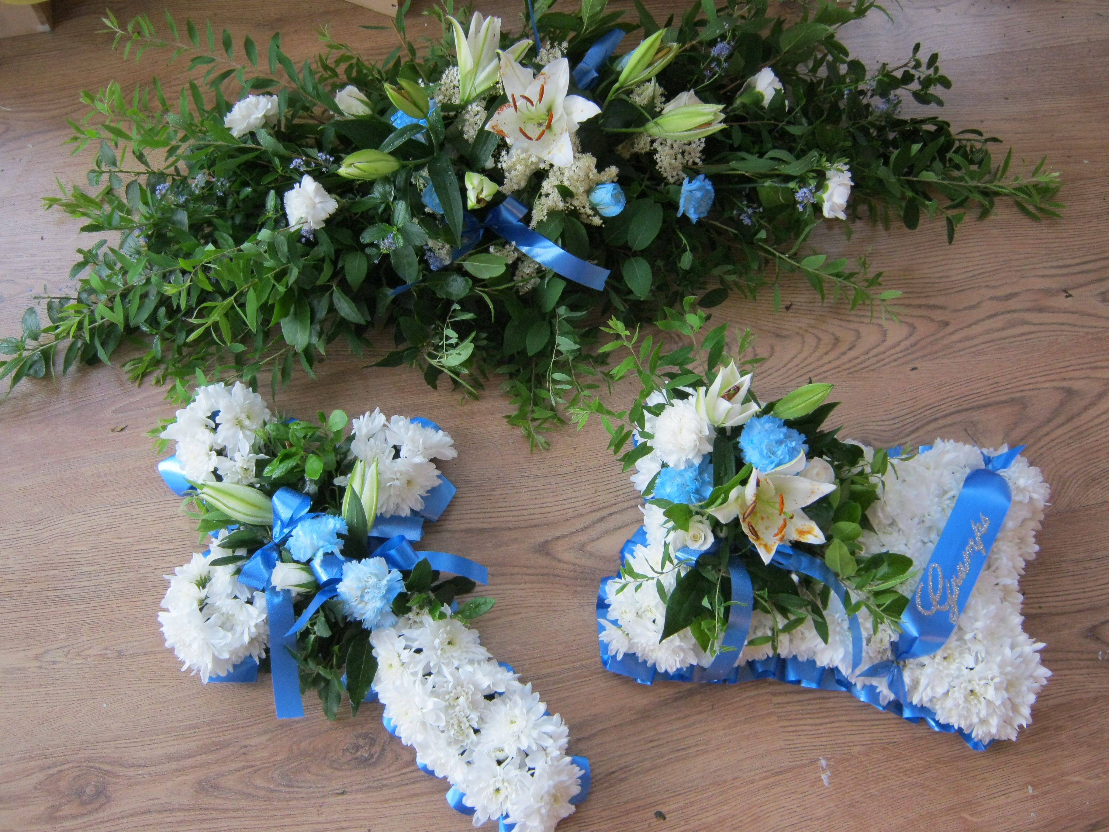 Blue funeral flowers chic dreams funeral flowers blue funeral flowers chic dreams izmirmasajfo