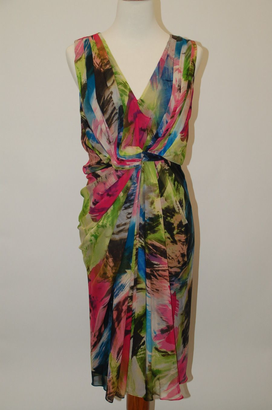 DIANE VON FURSTENBERG (DVF) DRESS @Michelle Coleman-HERS.  US Size 10. Perfect for Summer.  Only $75.