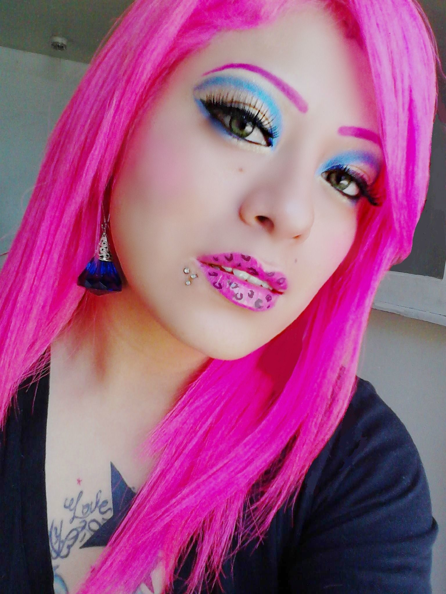 Her Makeup Looks Stupid But That Neon Hair Colour Need