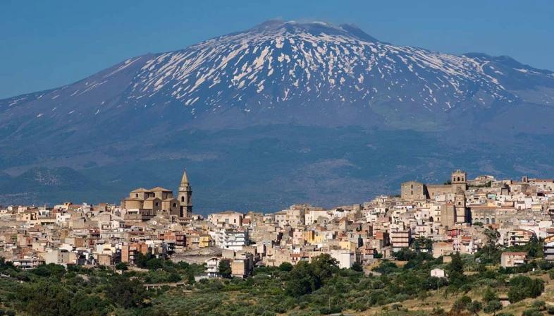 Compra una casa a 1 euro a Regalbuto, in Sicilia (con