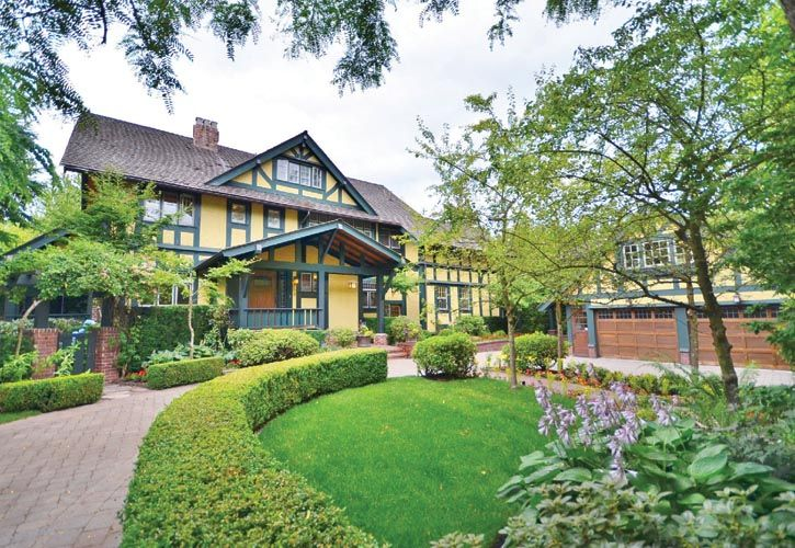 位於Shaughnessy社區一幢建於1912年的都鐸風格豪宅。Margot Keate-West最近因成功修復該美侖美奐的宅邸而獲得嘉獎。-《生機煥發》