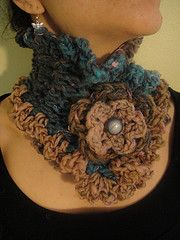 a2d1f21881835 This is a vintage inspired scarflette, the flower clip is detachable as  well. My own pattern!