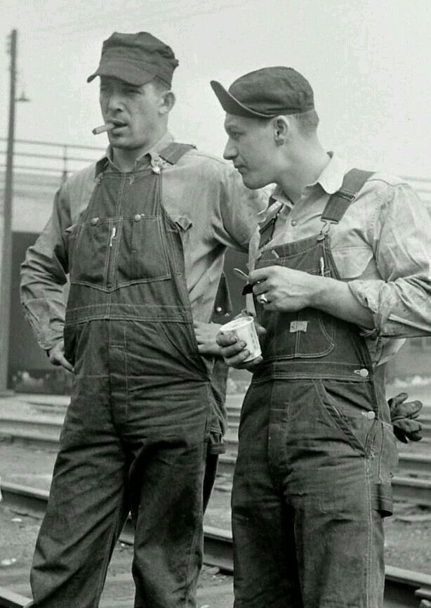 Vintage Clothing Do You Think Its Coming Back: Working Men #overalls #denim #american