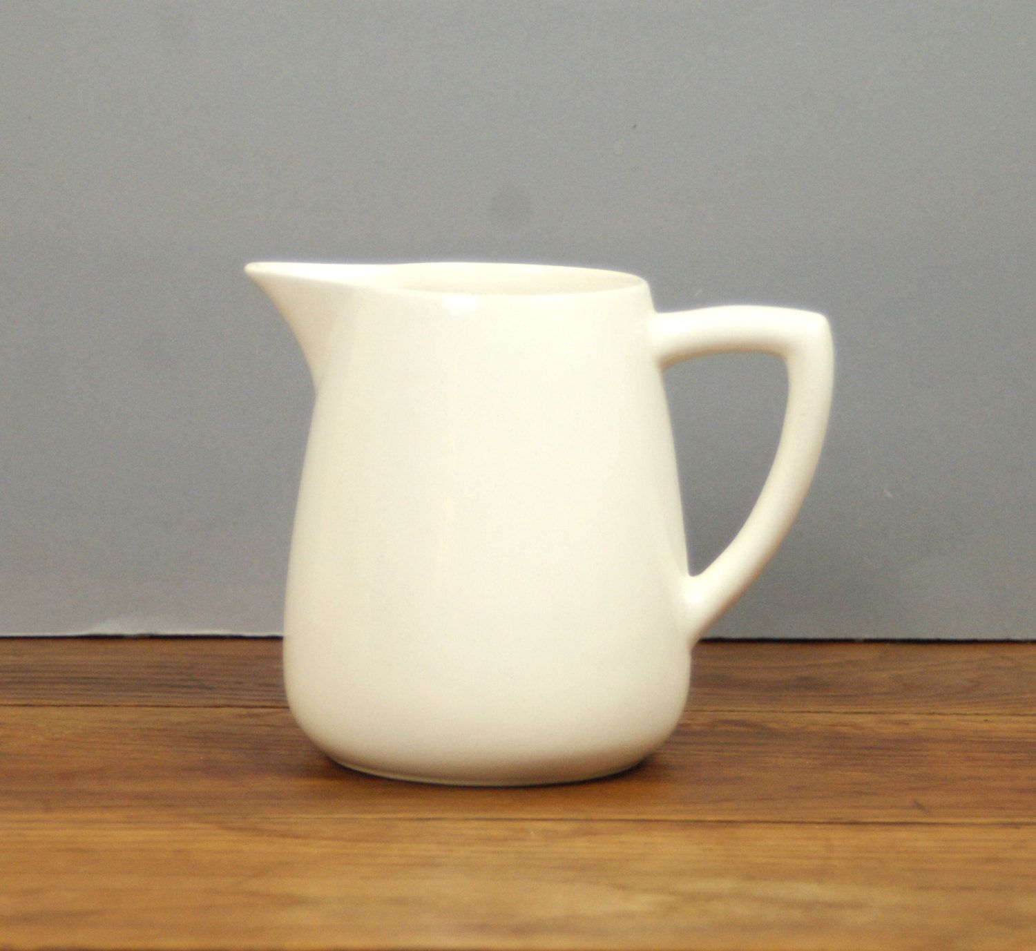 Clarice Cliff Cream Jug Pitcher Pottery Milk Jug By