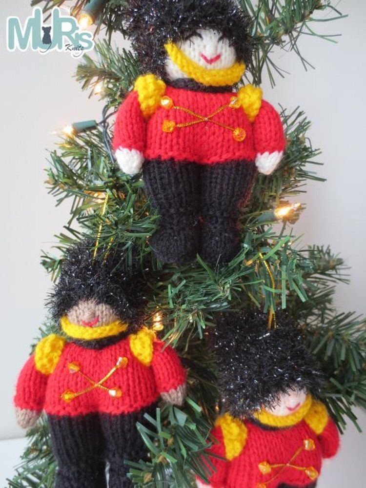 Christmas Toy Soldier Ornament | Knitted Christmas Ornament Patterns ...