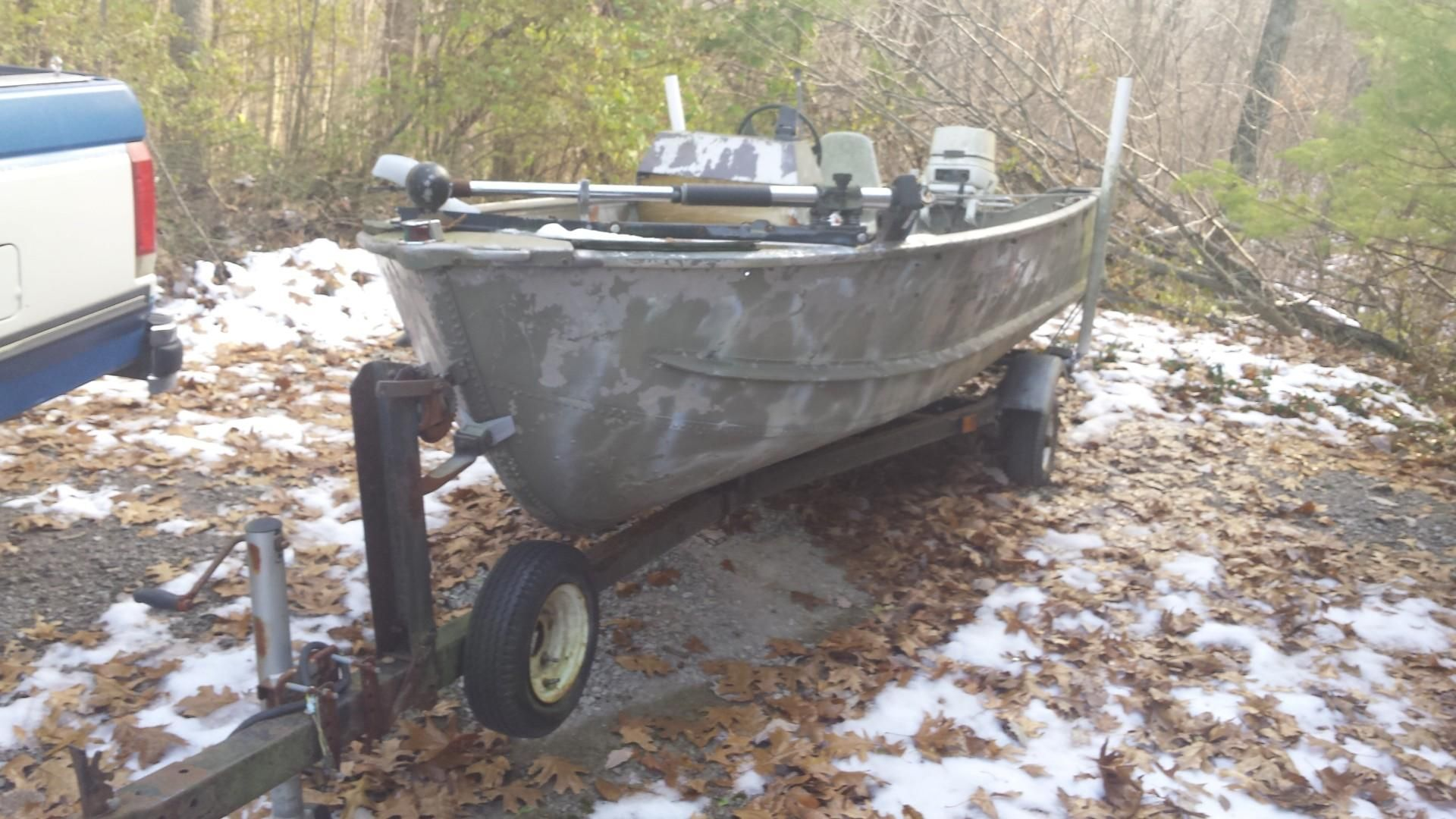 DIY Home Decorations Blog  Think I can just do campers? Rebuilt a 1984 14 foot Sea Nymph Boat and Johnson Motor that had been sitting for a decade.  http://ift.tt/2pGXmAt