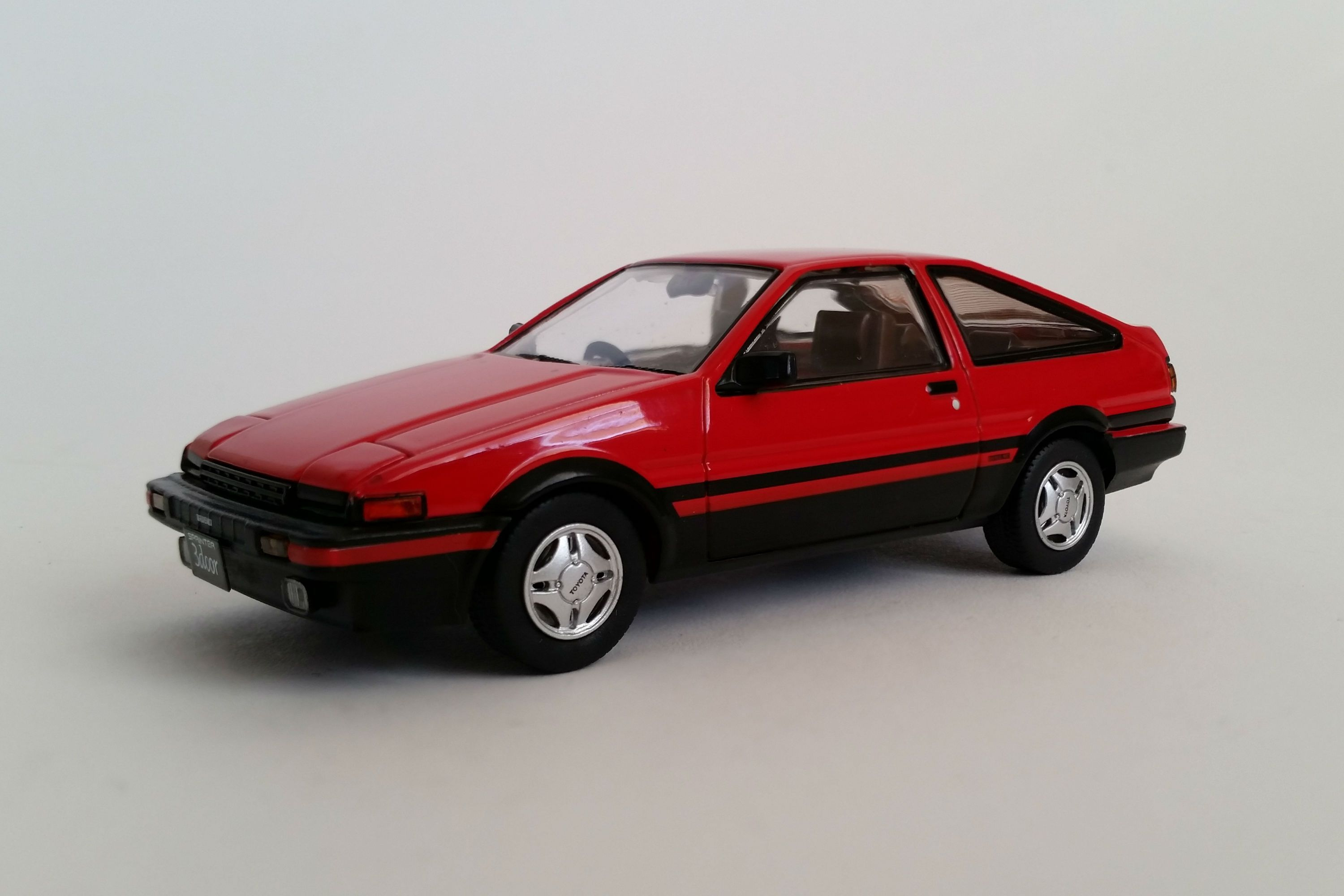 toyota sprinter trueno ae86 gt apex 1 43 scale diecast. Black Bedroom Furniture Sets. Home Design Ideas