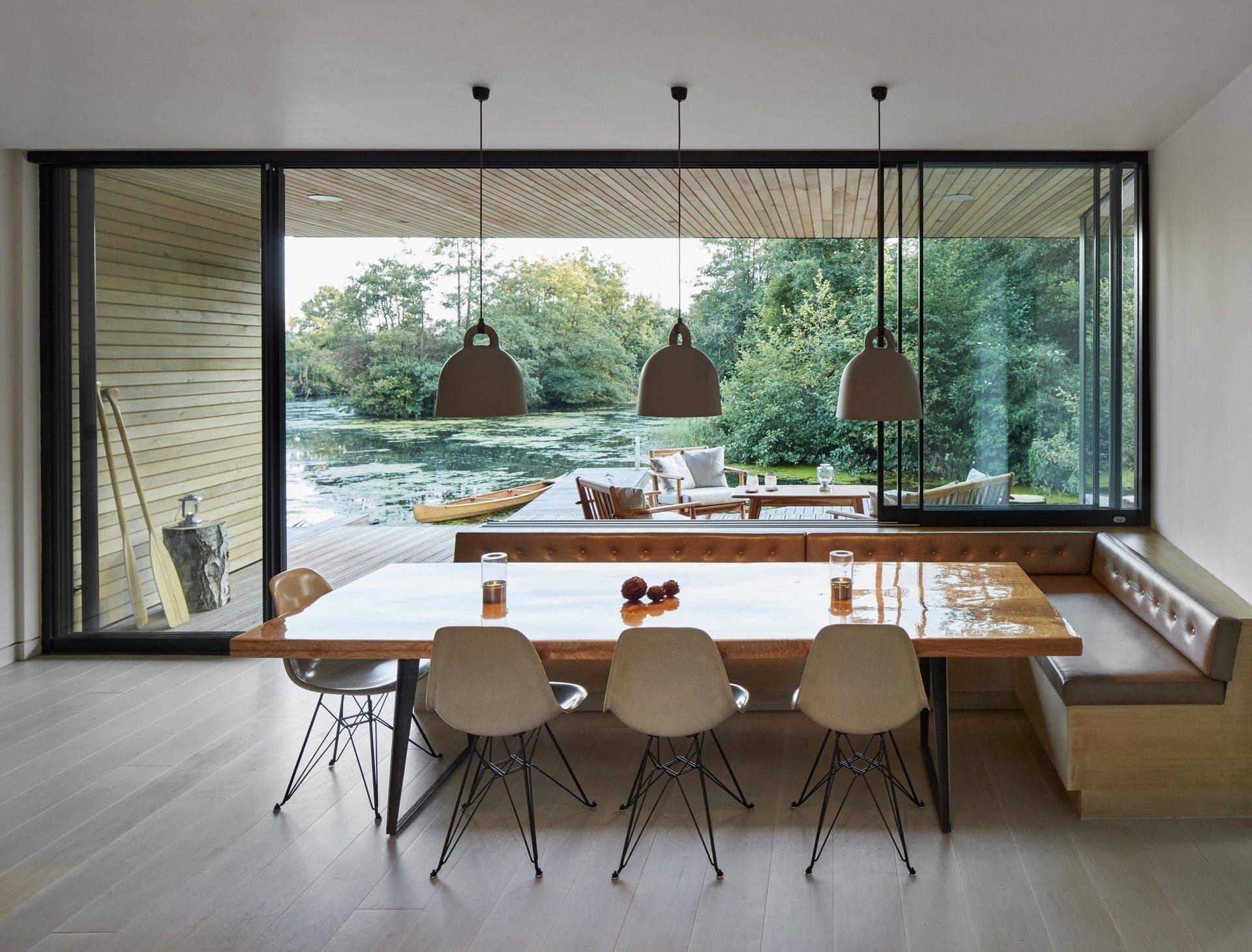Nem lehetne tökéletesebb ez az angol tóparti ház | Az online ...
