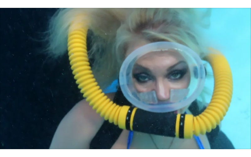 Vintage diving girls, lesbians and sex