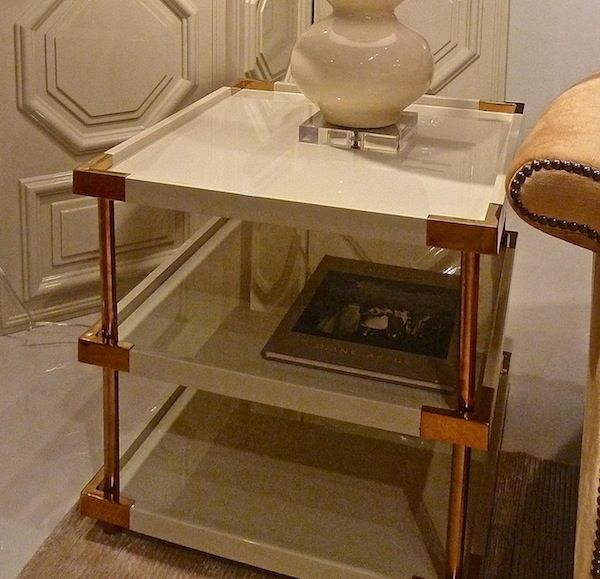 Superb Bernhardt Birielle Series Ivory Lacquered End Table.