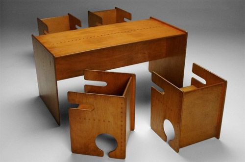 children's din­ing set designed in Den­mark