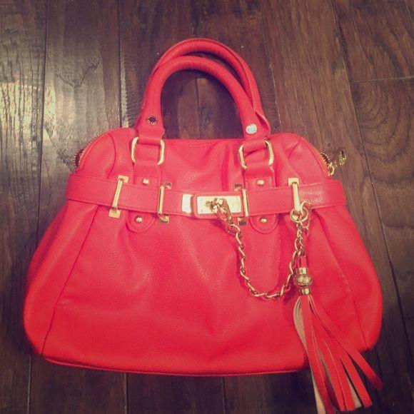 Reddish Orange Purse Very Cute Small With Gold Chain Detail Steve Madden Bags Mini