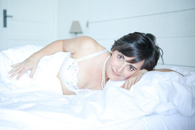 Studio ME & You - photographe Vaud - Valais - Genève - Fribourg - Neuchâtel - Photos de boudoir - portrait de femme glamour et sensuel. studiomeandyou.com