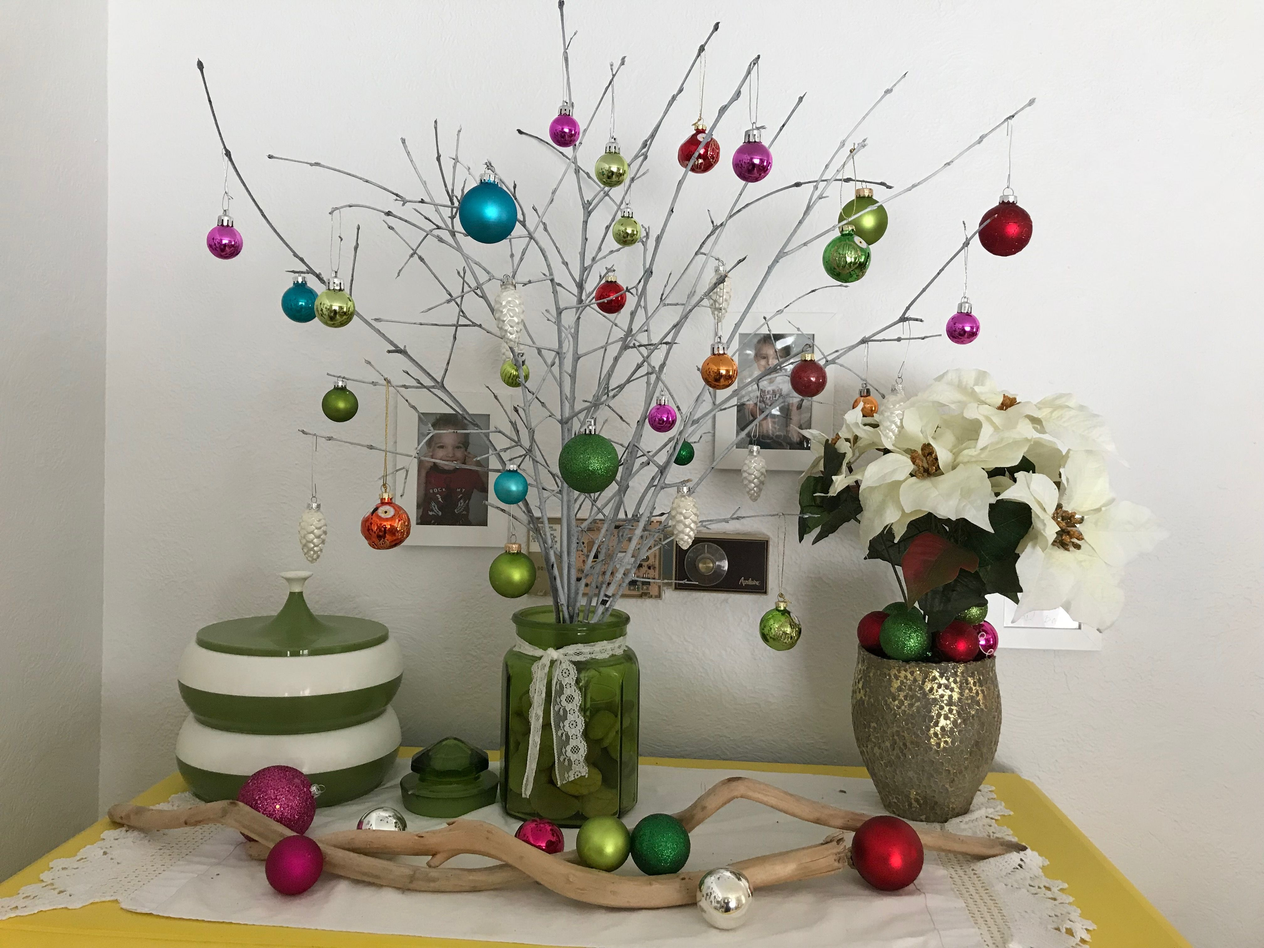 Pin by denise squires on i love christmas decorations pinterest