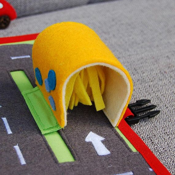 PDF Pattern & tutorial - 2 Quiet book pages: Car and Traffic roads