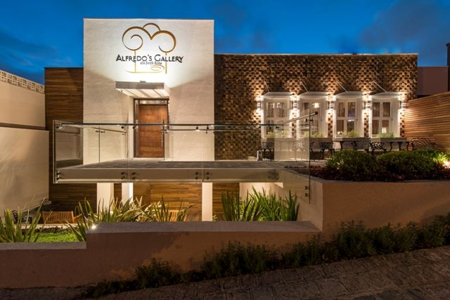 Restaurante fachada pesquisa google gourmet interiores for Fachadas de restaurantes modernos