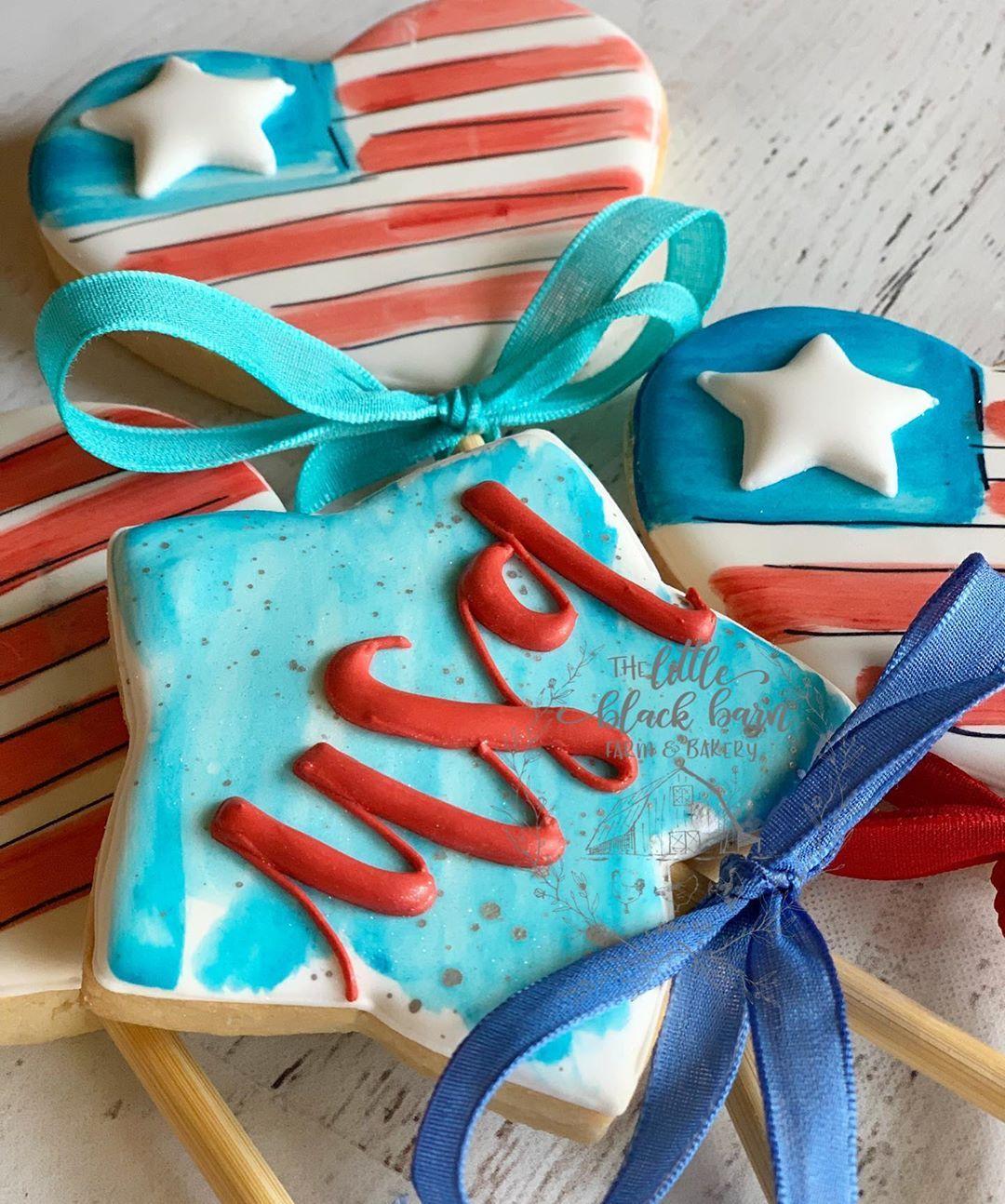 "Kim Wille on Instagram: ""Happy 4th! ♥️🇺🇸 #decorate"