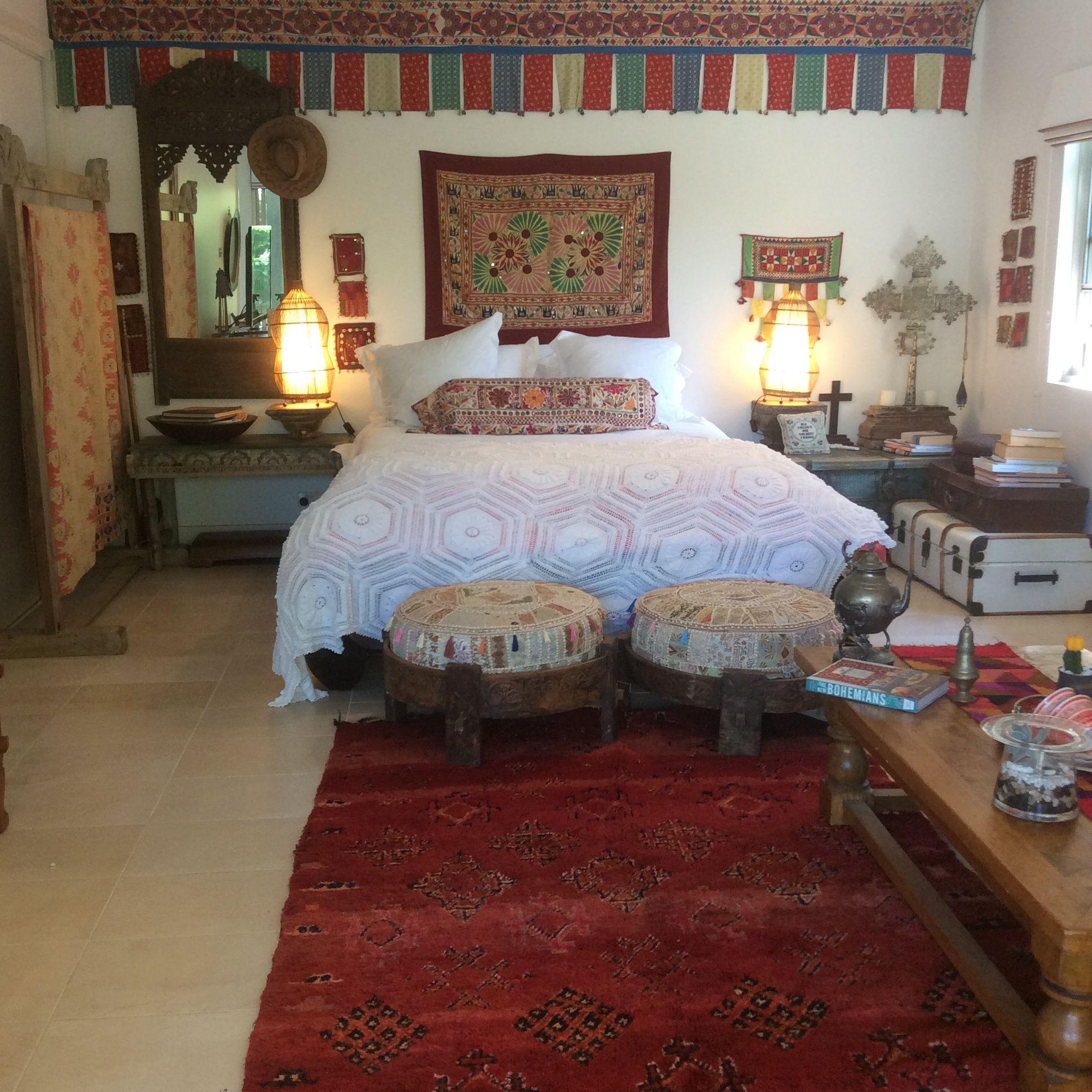 Bohemian Guest Room with rug from Mar_kett, Byron Bay, textiles from www.yatree.com.au (YATREE, BYRON BAY)