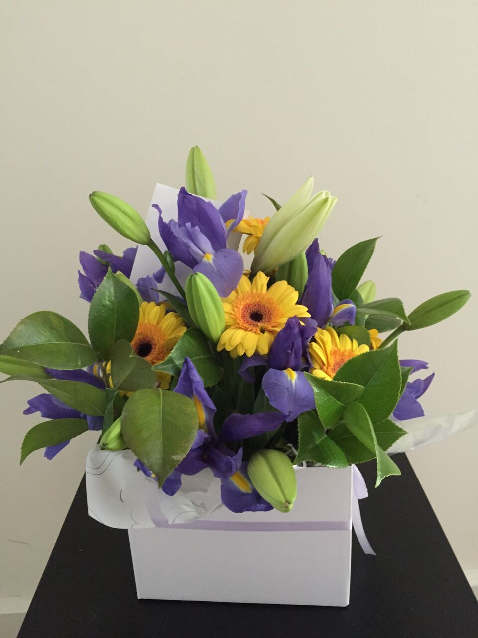 International womens day thursday march 8 2017 celebrate flowers delivery in melbourne send flowers to melbourne cheap flowers delivery melbourne izmirmasajfo