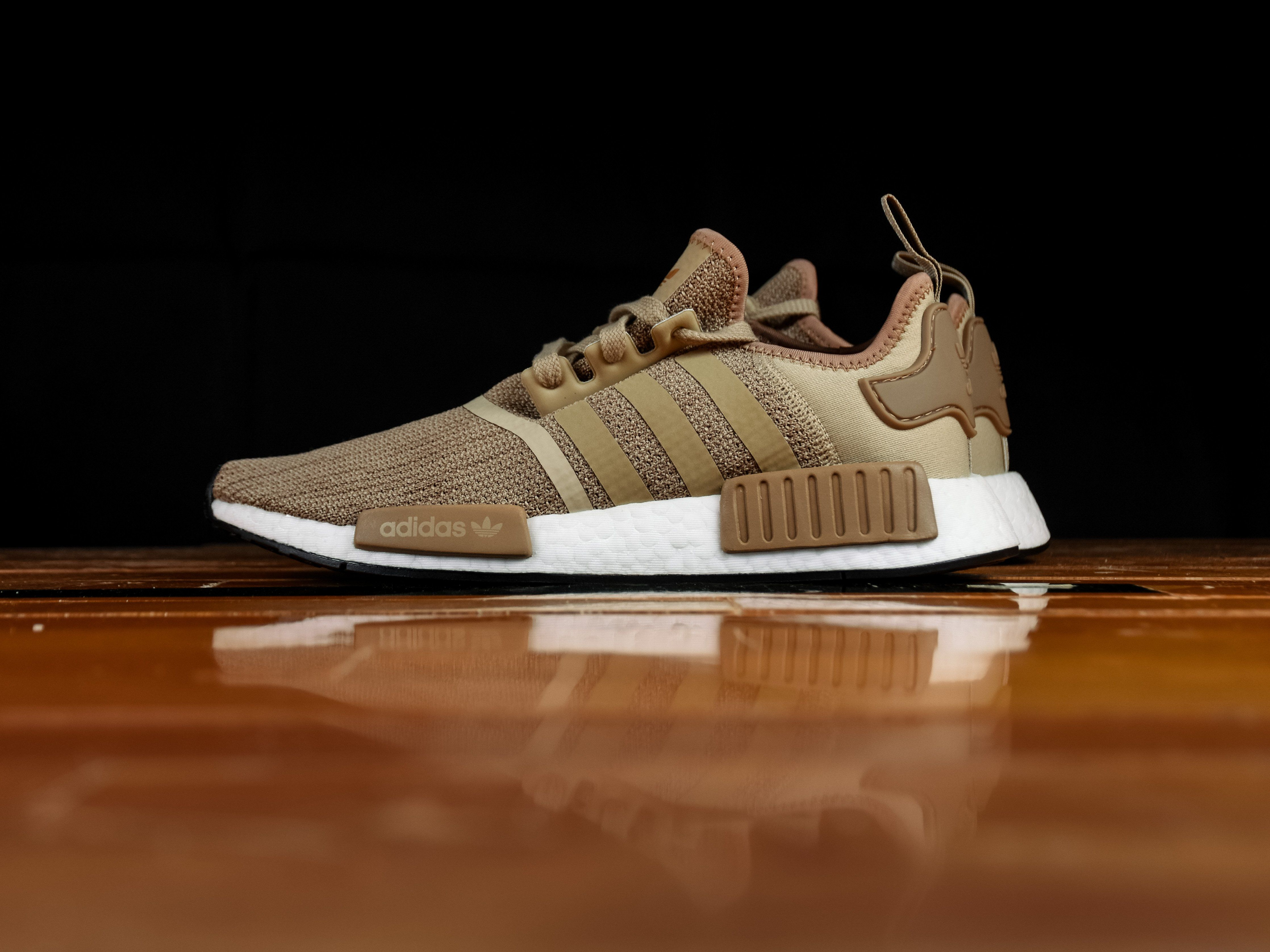 pretty nice 0d1ad db6b3 Men's Adidas NMD R1 'Gold' [B79760] | Adidas Shoes | Adidas ...