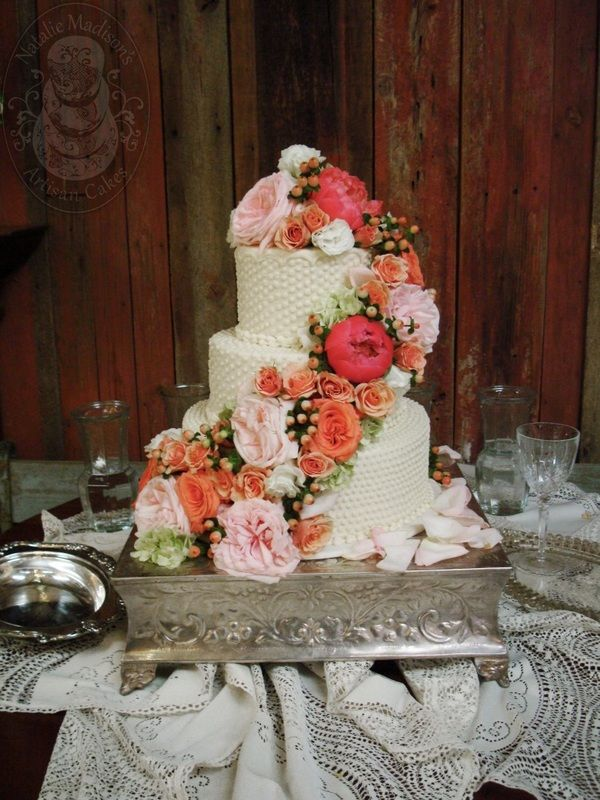 Pictures Of Little Rock Arkansas Wedding Cakes Natalie Madison S Artisan Cakes Little Rock Arkansas Wedding Wedding Cakes Traditional Wedding Cakes