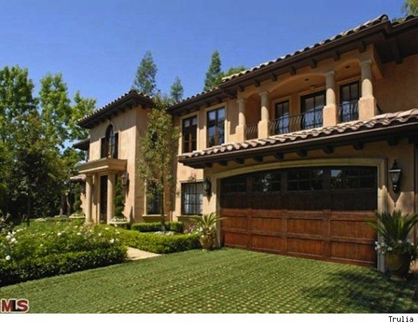 Kim Kardashian S Beverly Hills Home Sold To Undisclosed Buyer