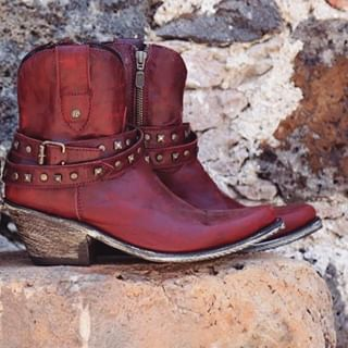 Cowboy Boots Western Wear And More Stages West In 2020 Boots Biker Boot Western Wear