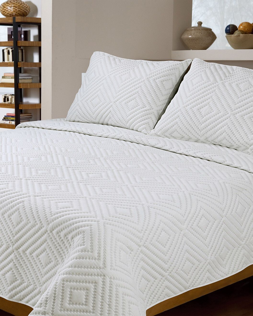 you need to see this diamond square stitch cotton shell quilt set on