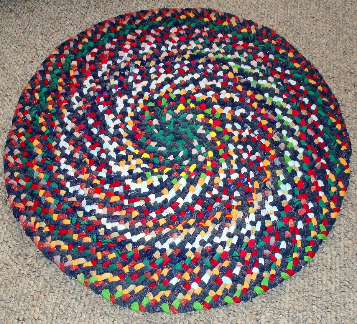 30 In Round Braided Rug From Repurposed Jeans Cotton Reds Etsy Round Braided Rug Rag Rug Colorful Rugs