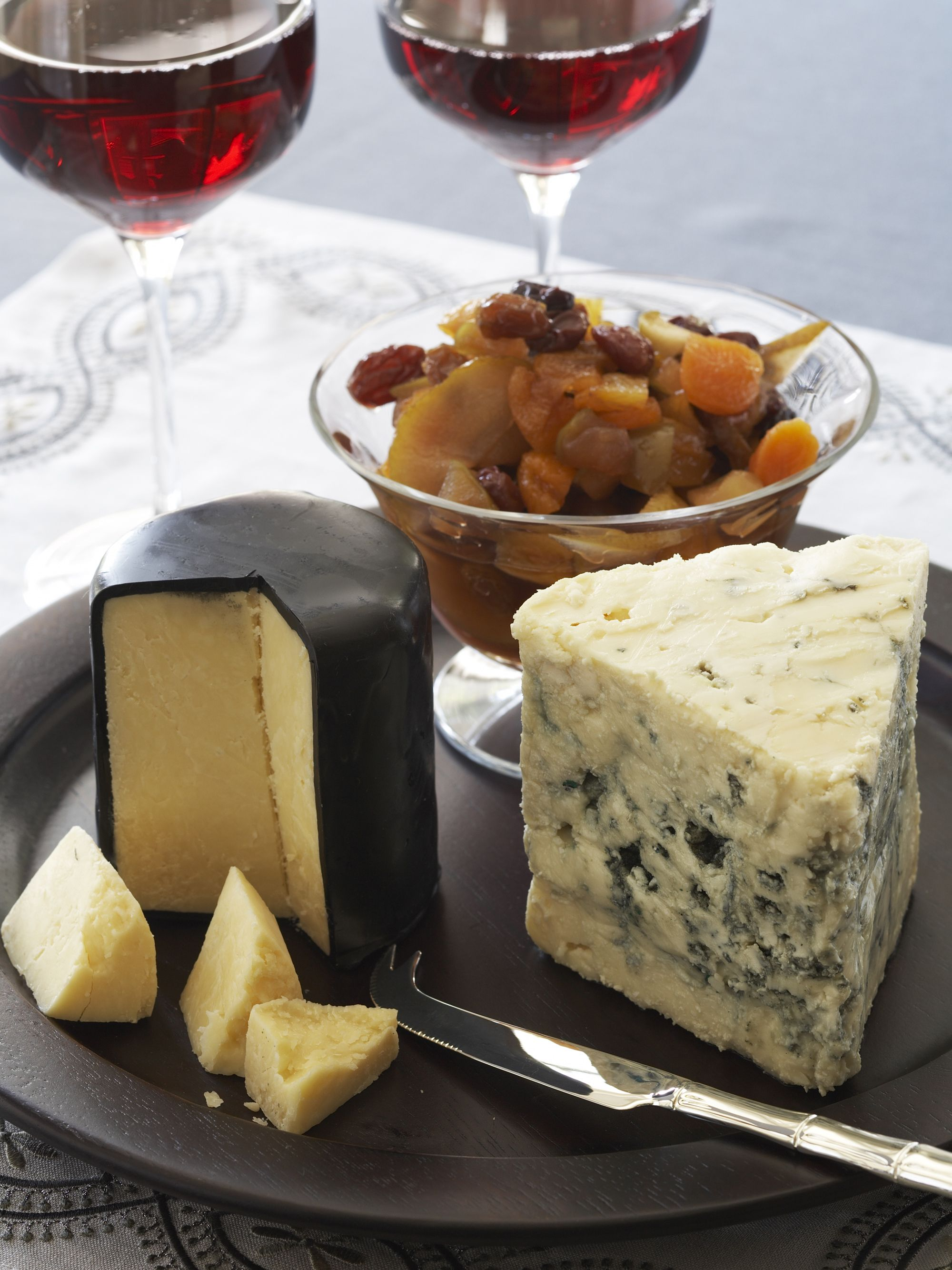 Winter Fruit Compote With Selection Of Cheese Petiscos Vinhos E