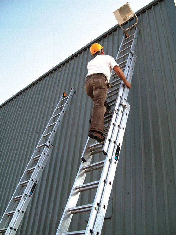260 53 3 Section Industrial Youngman Ladder 2 Different Sizes See Below Exceptional Torsional Rigidity Is A Key Fea Ladder Step Ladders Aluminium Ladder