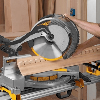 10 Miter Saw Safety Tips Http Bit Ly 2xr3vbp