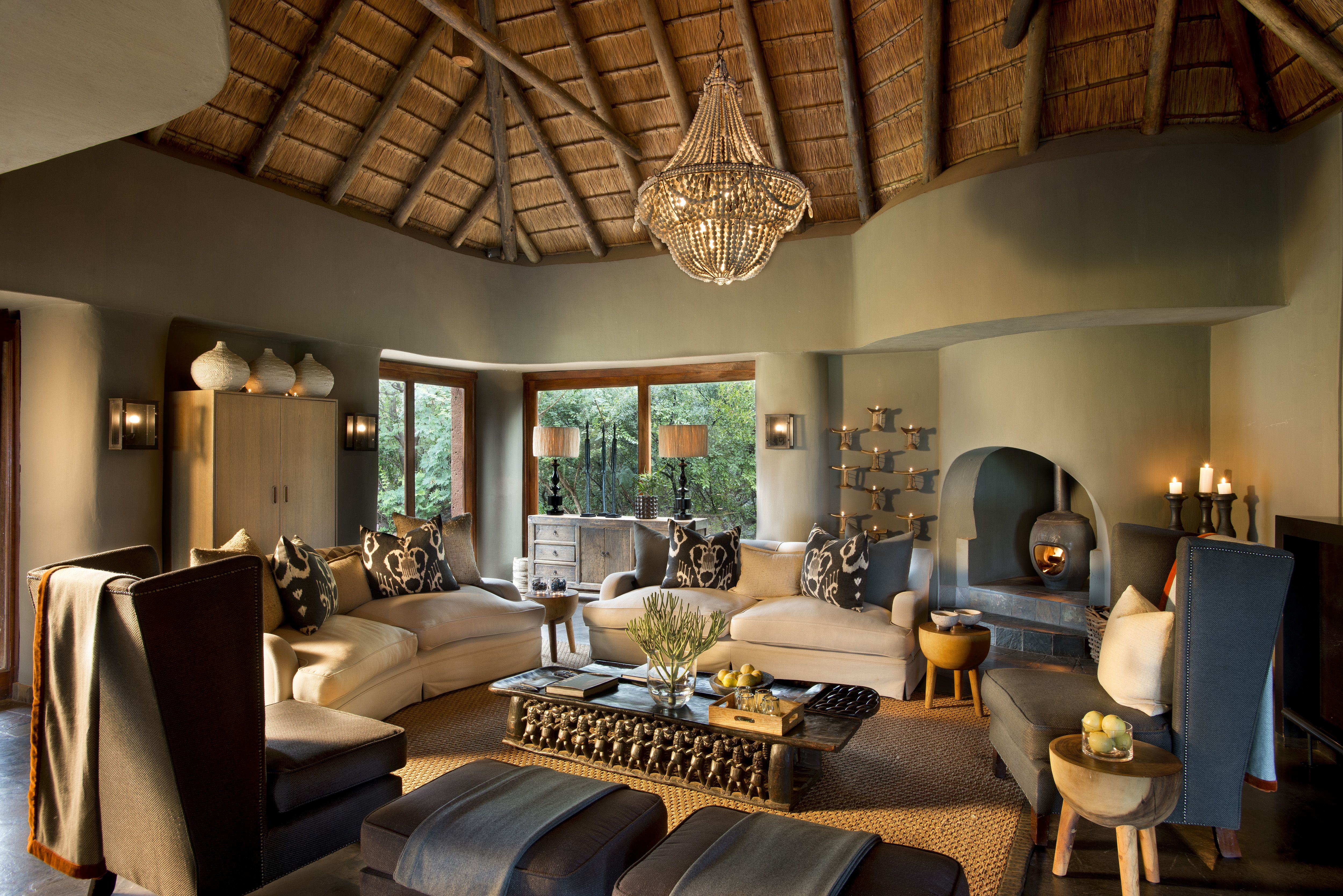 Pin By Ronel Jordaan On Safari Room In 2019 African Home