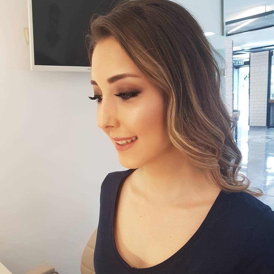 �� Beybisi �� #highlighter#contour#eyes#eyeshadow#burgundylipstick#burgundy#lips#lipstick#brides#bride#weddingbride#makeupartist#makeuplover#makeup#makeuplook#makeupperfect#makeupperfection#makyaj#naturelmakeup#doğalmakyaj#weddingdress#weddingmakeup#wedding#gelinsaçı#hairdresser#hairstyle#helenistik#antalya http://gelinshop.com/ipost/1515796406472074718/?code=BUJMMz3lOXe