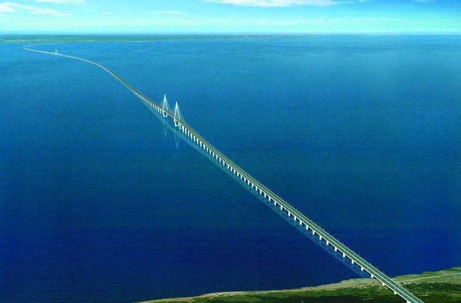 Hangzhou Bay Bridge (Hangzhou Bay, China)