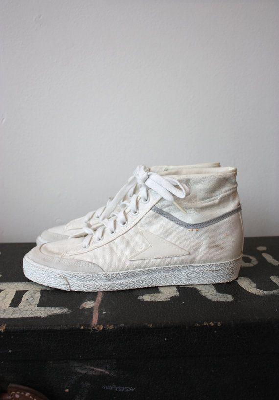 Vintage 1980s Bata White Canvas Hi Top Sneakers Shoes Size 6.5 M ... 1561397af