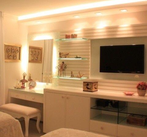 Ótima ideia para painel de quarto super útil + iluminação