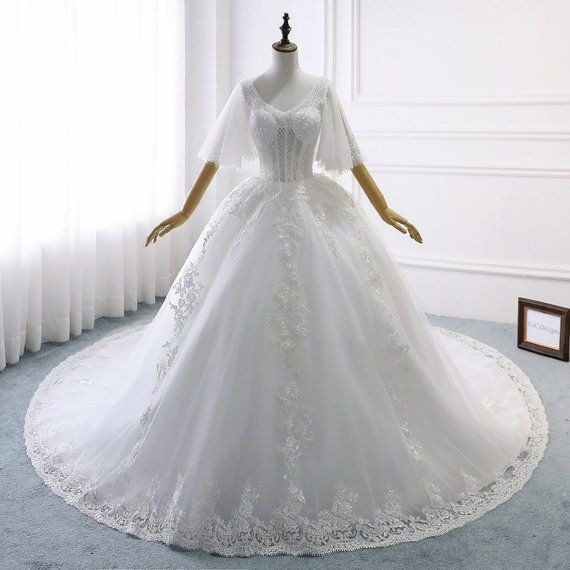 7 Judicious Tips Wedding Gowns Train Types Wedding Dresses Beach A