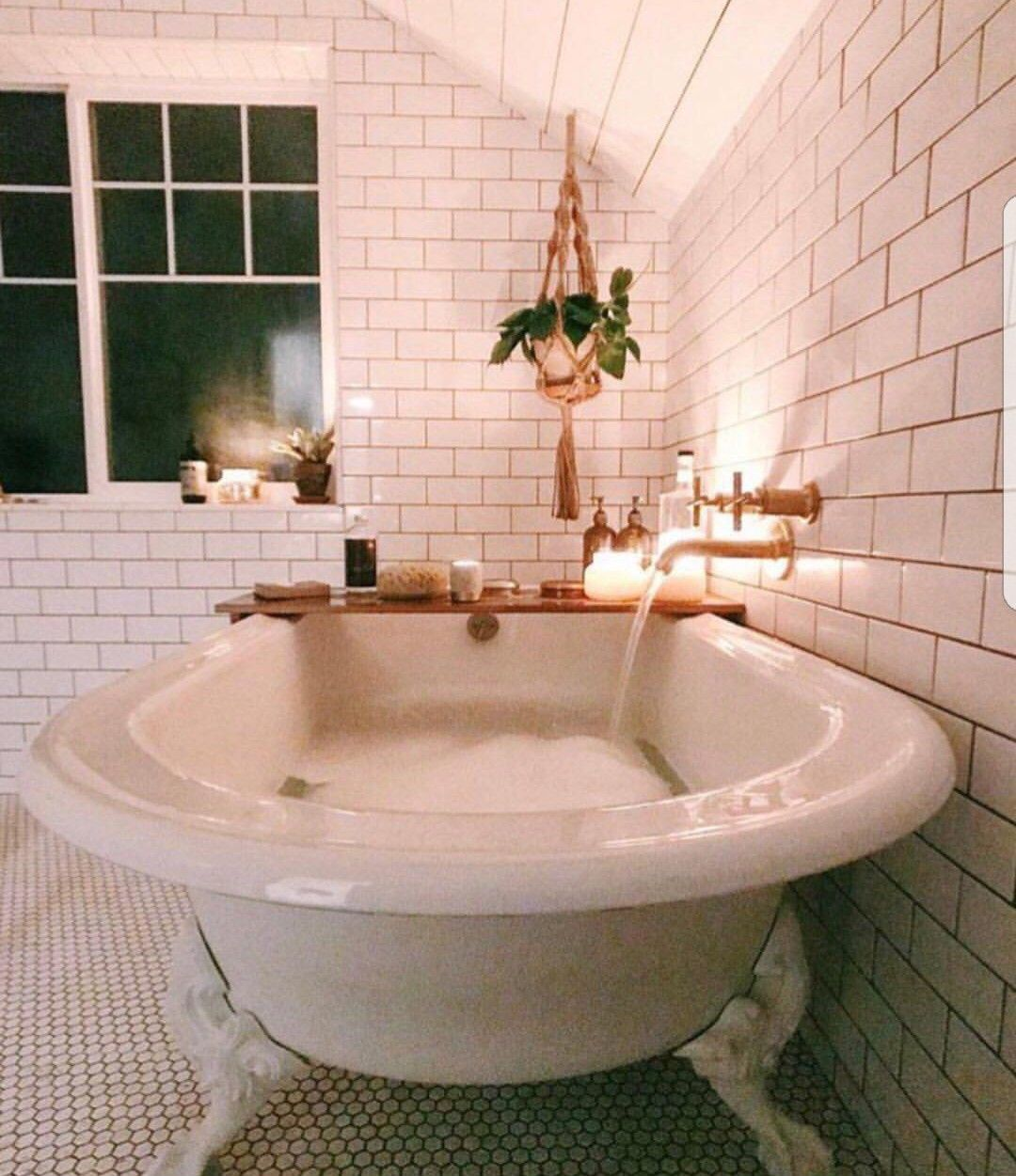 Love This Claw Foot Tub Subway Tile Swoon Dream Bathrooms