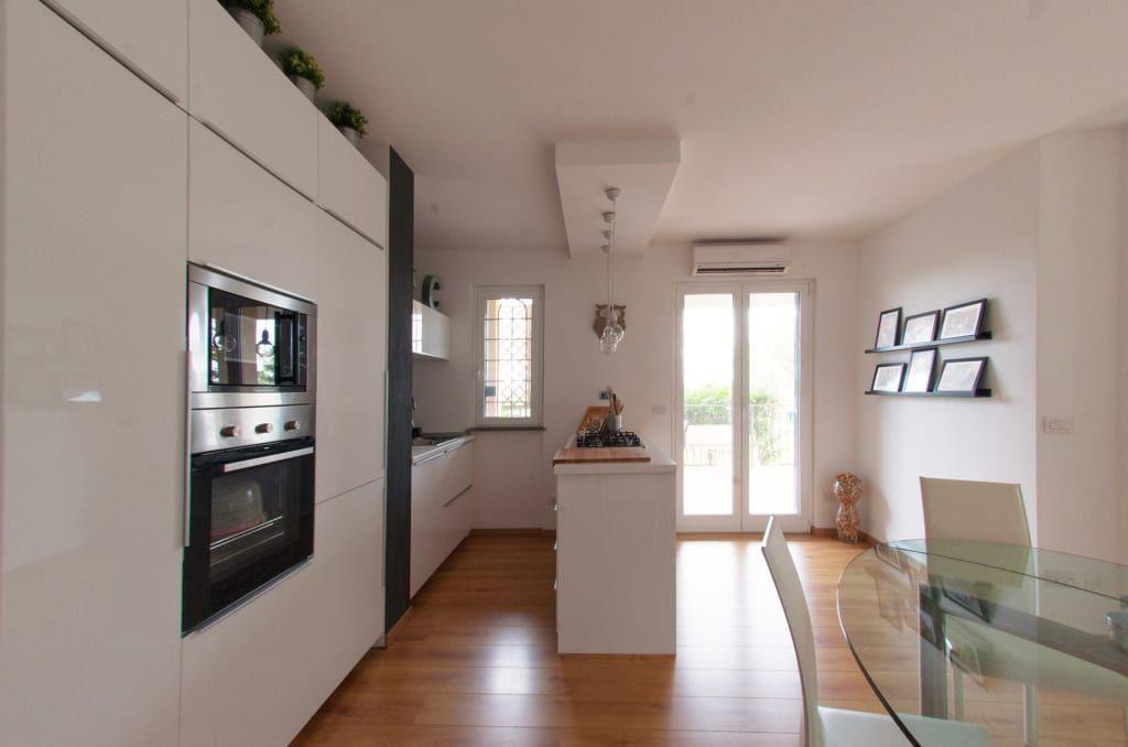 Luci controsoffitto | Design per il soggiorno, Open space ...