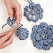 How to Crochet Flowers   eHow