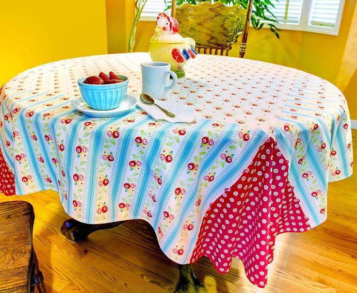 Etonnant Fun Tablecloths | Retro Fun: Reversible Breakfast Tablecloth | ... | Home  Decor Crafts
