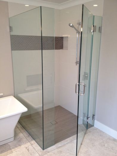 Glass Bathroom Shower Designs Glass Shower Enclosure Ideas For Small Bathroom Sho Bathroom Shower Design Small Bathroom With Shower Glass Shower Enclosures