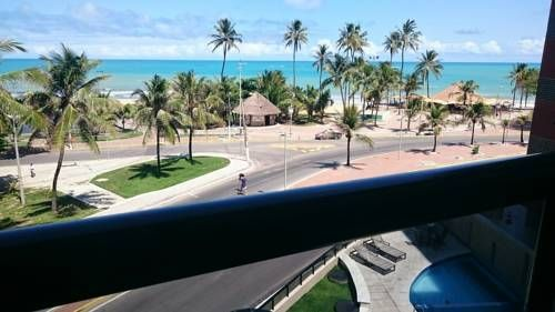 Nautillus Macei� Macei� Offering an outdoor pool and views of the sea, Nautillus Macei? is located in Macei? in the Alagoas Region, 1 km from Jatiuca Beach. Ponta Verde Beach is 2.4 km away. Free private parking is available on site.